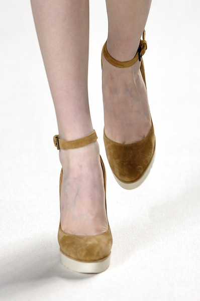 Chloé at Paris Fall 2010 (Details)