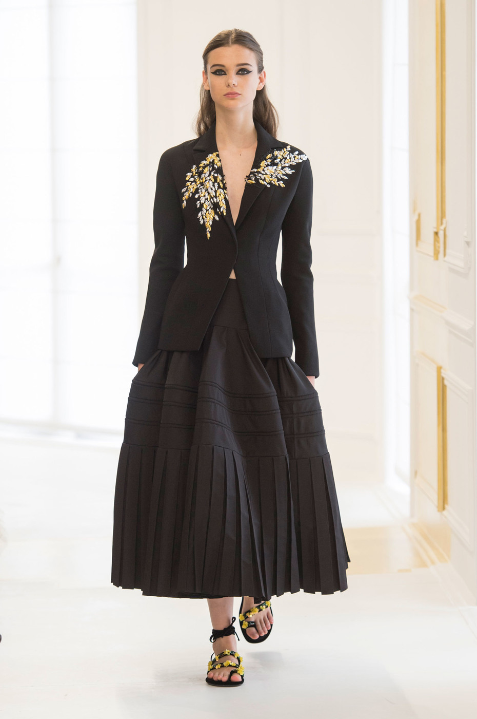 Christian Dior Fall 2016 Runway Pictures Livingly
