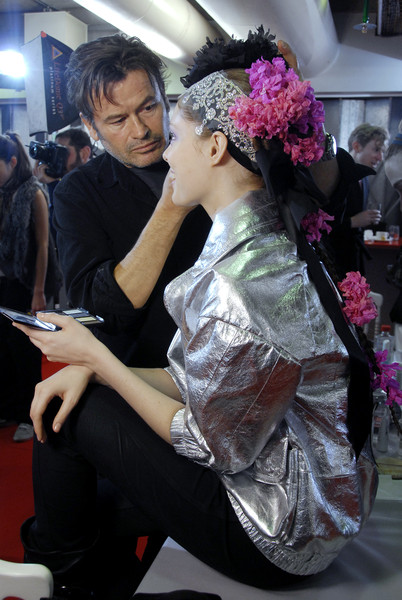 Christian Lacroix at Couture Spring 2008 (Backstage) [art,fashion,pink,beauty,headpiece,skin,snapshot,event,human,headgear,design,fashion accessory,christian lacroix,design,fashion,beauty,haute couture,fitness culture,skin,couture spring 2008,christian lacroix,haute couture,fashion,design,beauty,fashion accessory,spring 2008,fitness culture,art,socialite]