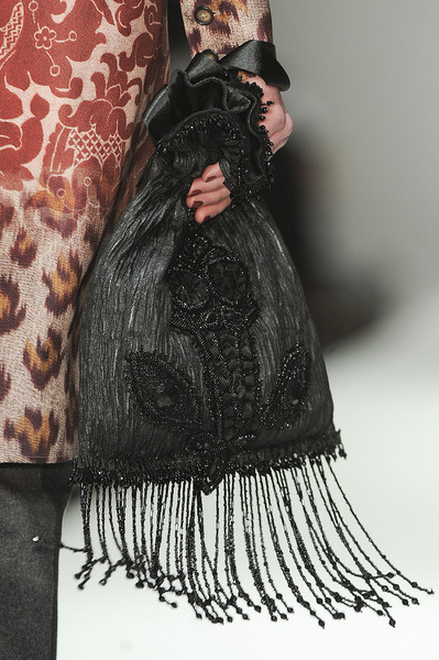 Clements Ribeiro at London Fall 2011 (Details)