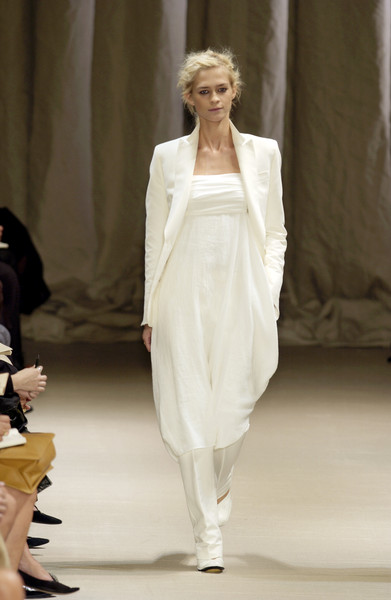 Costume National at Paris Spring 2002