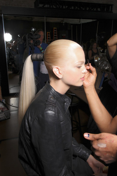 Donna Karan at New York Spring 2012 (Backstage)
