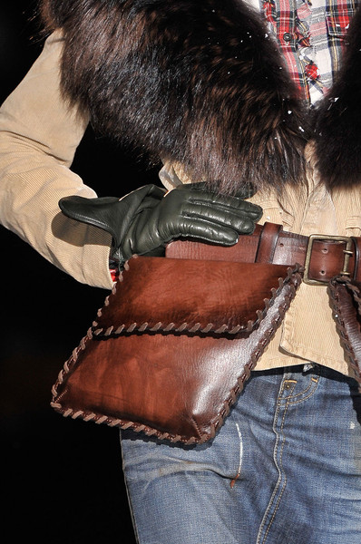 Dsquared² at Milan Fall 2011 (Details)