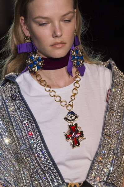 Dsquared² at Milan Spring 2017 (Details) [jewellery,fashion,necklace,fashion accessory,beauty,neck,fashion design,body jewelry,haute couture,necklace,jewellery,earring,fashion,fashion week,runway,model,dsquared,milan fashion week,fashion show,milan fashion week,necklace,earring,fashion,runway,dolce gabbana,fashion week,model,fashion show]