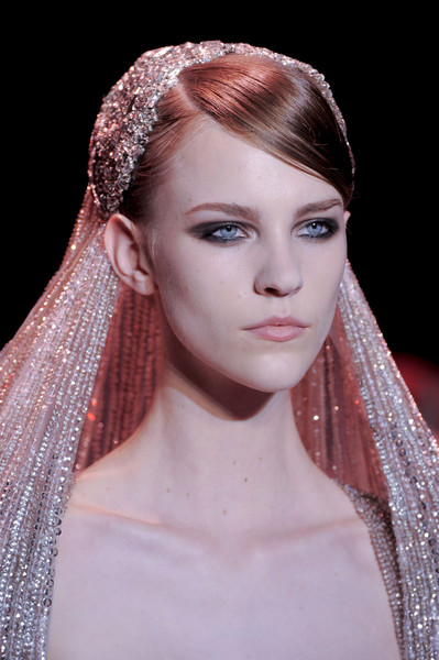 Elie Saab at Couture Fall 2013 (Details)