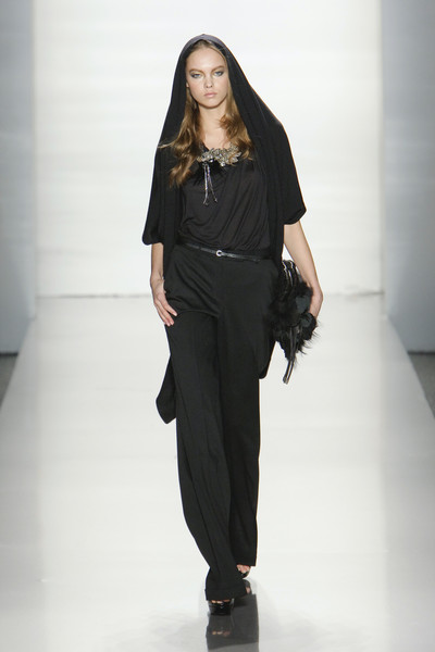 Elie Tahari at New York Fall 2010