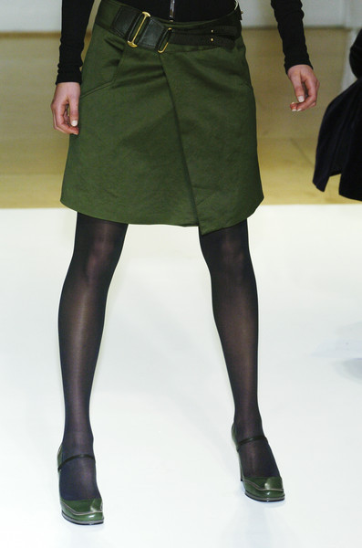 Emma Cook at London Fall 2005 (Details)