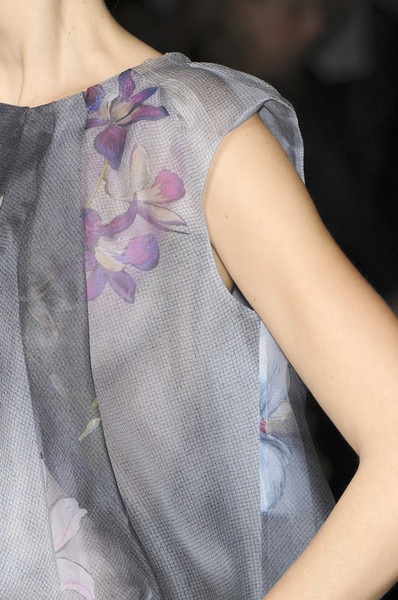 Emporio Armani at Milan Fall 2010 (Details)