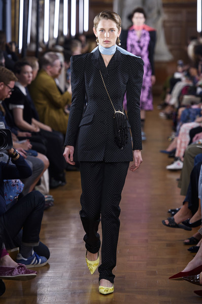 Erdem at London Spring 2019 [fashion,runway,fashion model,clothing,fashion show,suit,haute couture,event,human,blazer,dress,erdem,fashion,runway,fashion week,spring,suit,london fashion week,fashion show,paris fashion week,london fashion week,fashion,spring,runway,summer,fashion week,paris fashion week,erdem,fashion show,dress]