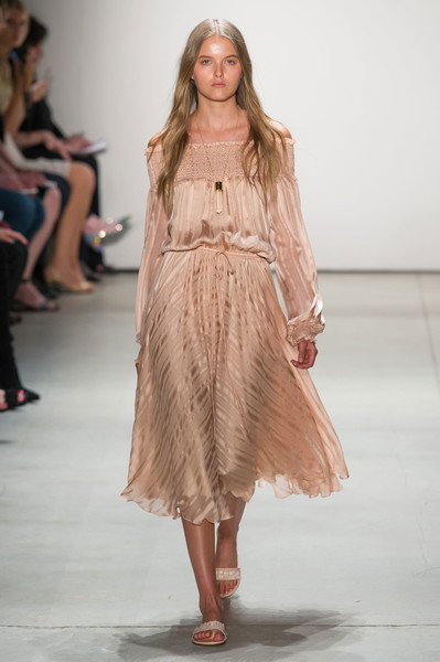 Erin Fetherston at New York Spring 2017 [fashion show,fashion model,runway,fashion,clothing,shoulder,blond,hairstyle,long hair,dress,supermodel,socialite,erin fetherston,fashion,runway,model,haute couture,hairstyle,new york fashion week,fashion show,runway,fashion show,model,supermodel,fashion,haute couture,socialite]