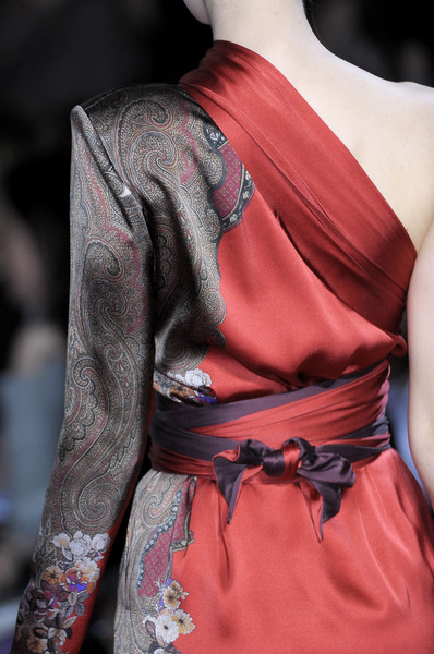 Etro at Milan Fall 2010 (Details)