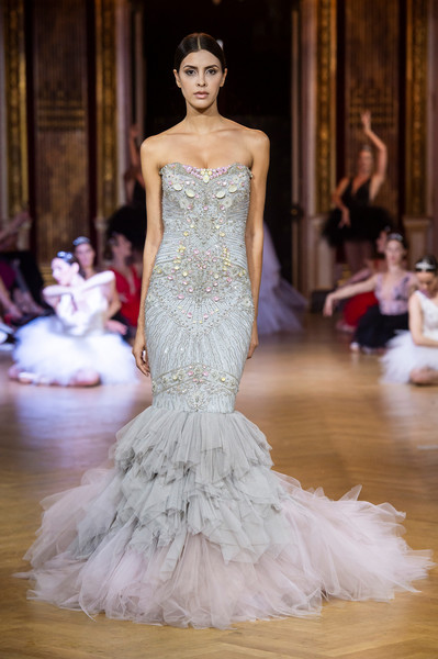 Eva Minge at Couture Fall 2018 [gown,fashion model,wedding dress,dress,haute couture,clothing,fashion,bridal clothing,bridal party dress,shoulder,gown,eva minge,couture fall,fashion,wedding dress,haute couture,model,fashion model,runway,fashion show,ewa minge,fashion show,haute couture,wedding dress,fashion,chanel,runway,gown,model]