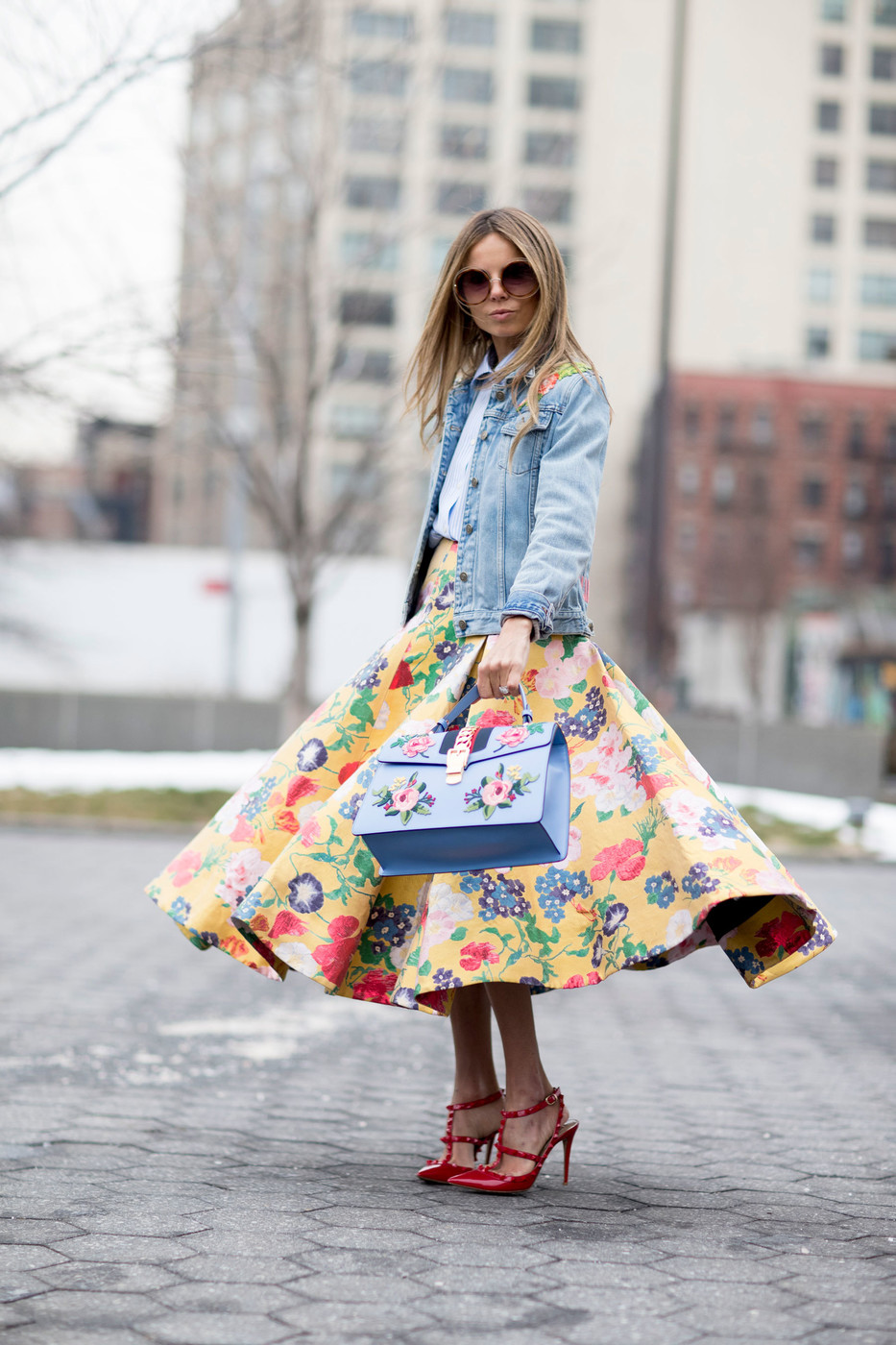 Retro Silhouette What The Stylish Girls Will Be Wearing This Spring Livingly