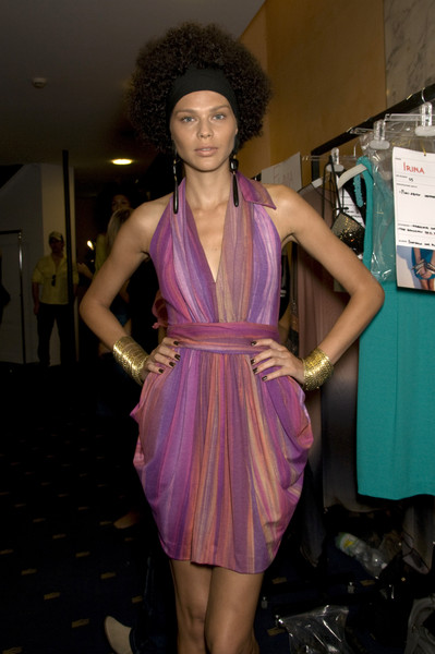 Fisico at Milan Spring 2010 (Backstage)