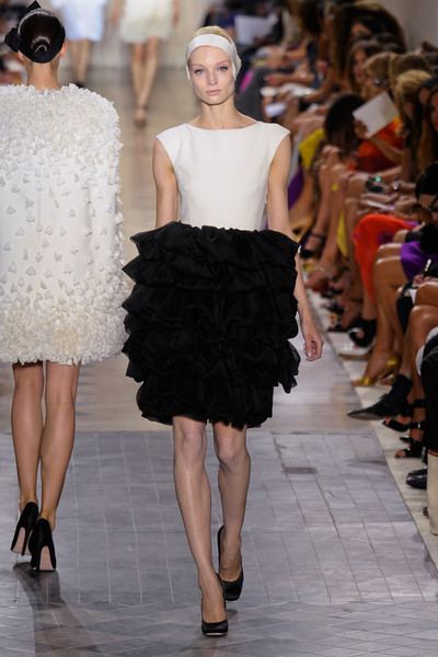 Giambattista Valli at Couture Fall 2011
