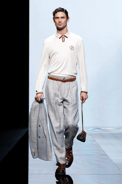 Giorgio Armani at Milan Spring 2021 [fashion,fashion model,clothing,fashion show,runway,white,human,beige,shoulder,neck,human,fashion,clothing,runway,white,beige,shoulder,giorgio armani,milan fashion week,fashion show,milan fashion week,armani,ready-to-wear,fashion,fashion show,armani giorgio armani,fashion week,clothing]