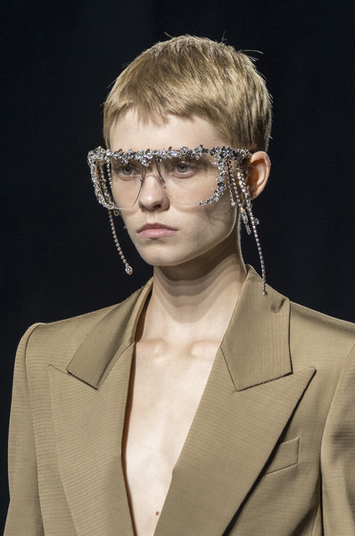 Givenchy at Paris Spring 2019 (Details) [eyewear,hair,glasses,hairstyle,blond,beauty,fashion,chin,forehead,vision care,clare waight keller,fashion,hairstyle,pixie cut,beauty,forehead,givenchy,chanel,paris fashion week,fashion show,paris fashion week,clare waight keller,chanel,givenchy,pixie cut,hairstyle,fashion show,fashion,fashion week]