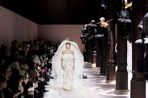 Givenchy at Couture Spring 2020 [fashion,wedding dress,dress,event,bride,gown,marriage,haute couture,fashion design,ceremony,clare waight keller,bride,fashion,haute couture,fashion week,spring,givenchy,fashion house,elie saab,couture spring 2020,elie saab,clare waight keller,paris fashion week,givenchy,fashion,fashion week,haute couture,spring,fashion house]