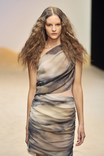 Guy Laroche at Paris Spring 2010