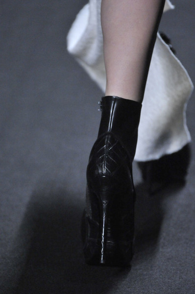 Haider Ackermann at Paris Fall 2011 (Details)