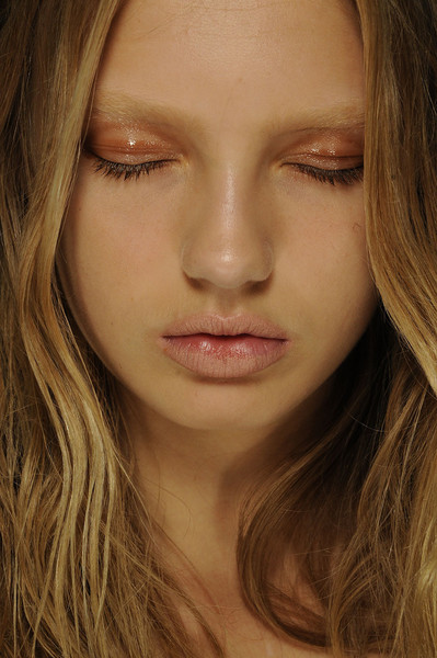 Hakaan at Paris Spring 2012 (Backstage)