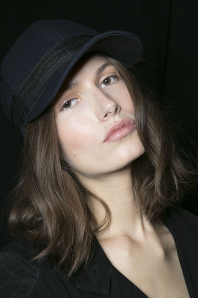 Hervé Léger by Max Azria at New York Fall 2013 (Backstage)