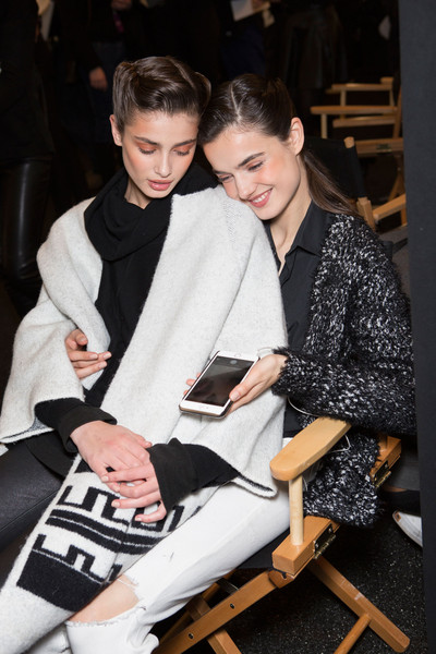 Hervé Léger by Max Azria at New York Fall 2015 (Backstage)
