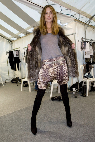 Isabel Marant at Paris Fall 2009 (Backstage)