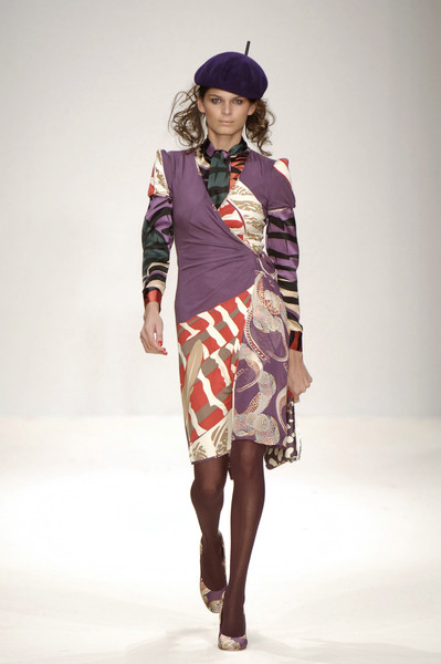 Issa at London Fall 2006