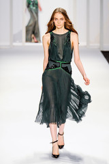 Fashion Forecast: Provocative Pleats