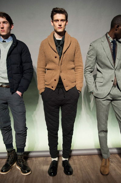 J.Crew at New York Fall 2015 [clothing,suit,outerwear,blazer,fashion,jacket,human,formal wear,footwear,fashion model,blazer,jeans,fashion,coat,runway,boot,new york fashion week,j.crew,fashion show,parade,blazer,runway,new york,fashion,fashion show,coat,jeans,tuxedo m.,parade,boot]