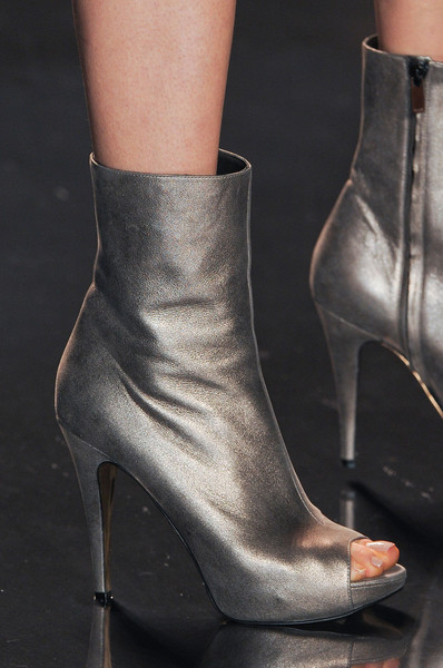 Jenny Packham at New York Fall 2011 (Details)