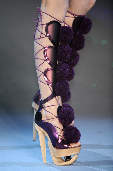 John Galliano at Paris Fall 2009 (Details) [footwear,high heels,purple,shoe,leg,human leg,fashion,violet,ankle,sandal,shoe,shoe,john galliano,leg,human leg,purple,sandal,v,los angeles,paris fashion week,v,shoe,high-heeled shoe,2009,los angeles,2009\u201310 north american winter,pyramid studded,sandal]