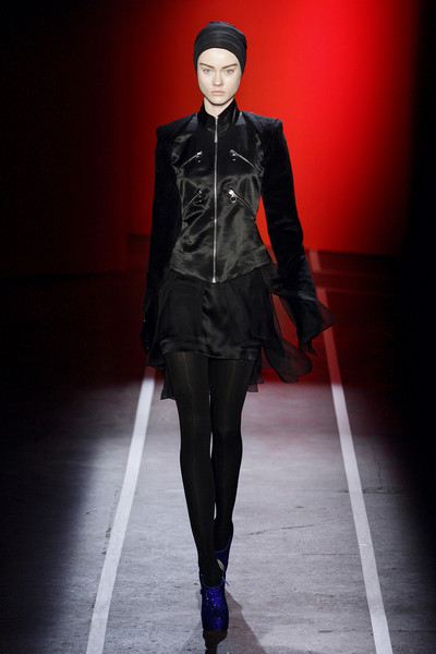 Jonathan Saunders at New York Fall 2009