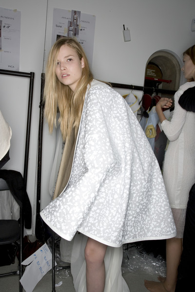 Jonathan Saunders at London Spring 2008 (Backstage)