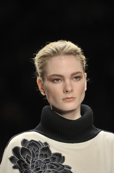 Leonard at Paris Fall 2011 (Details)