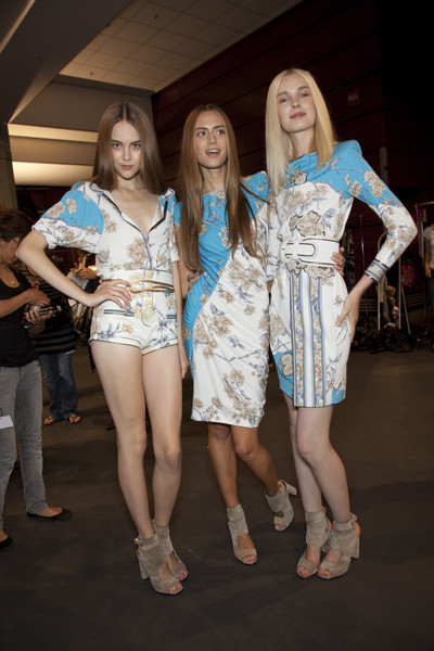 Leonard at Paris Spring 2010 (Backstage)