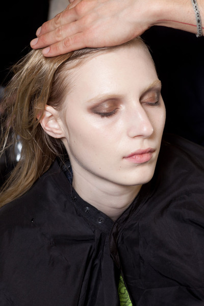 Loewe at Paris Fall 2012 (Backstage)