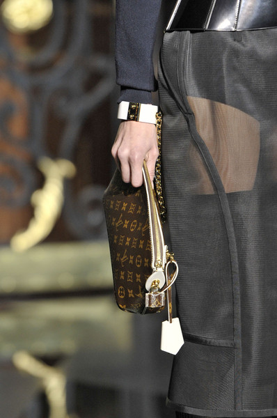 Louis Vuitton at Paris Fall 2011 (Details)