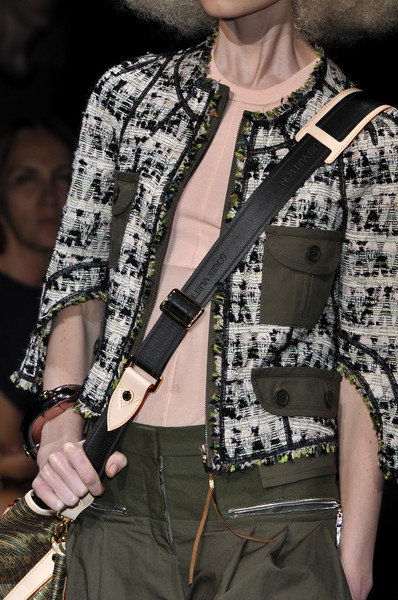 Louis Vuitton at Paris Spring 2010 (Details)