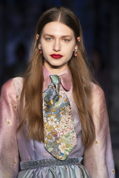 Luisa Beccaria at Milan Fall 2019 (Details)