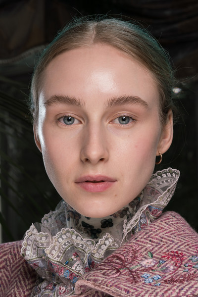 Luisa Beccaria at Milan Fall 2020 (Backstage) [portrait,face,hair,eyebrow,lip,cheek,chin,beauty,head,forehead,fashion,human,luisa beccaria,fashion,forehead,lips,beauty,beauty.m,milan fashion week,close-up,forehead,portrait,fashion,close-up,lips,human,beauty.m]