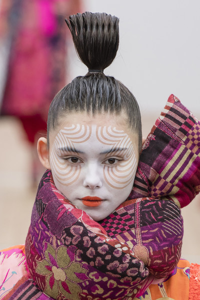 Manish Arora at Paris Fall 2018 (Details) [hair,face,hairstyle,head,pink,kimono,costume,tradition,child,manish arora,head,tradition,fashion,fashion week,hair coloring,hairstyle,pink,paris,paris fashion week,paris,fashion week,manish arora,hair coloring,autumn,fashion,2018,tradition,\u0647\u064a,winter]