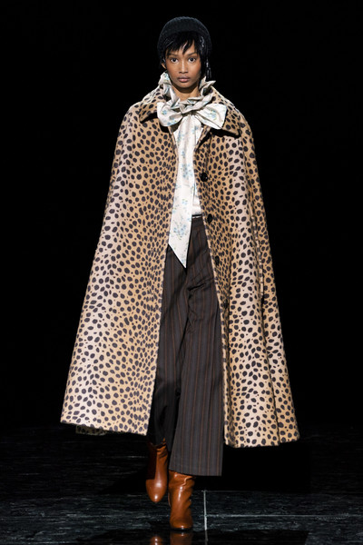 Marc Jacobs at New York Fall 2019 [clothing,outerwear,fashion,mantle,fashion model,fashion design,cloak,coat,costume,formal wear,pajamas,marc jacobs,fashion,coat,clothing,animal print,fur clothing,leopard,boot,new york fashion week,animal print,fashion,coat,leopard,new york fashion week,clothing,pajamas,cape,fur clothing,boot]
