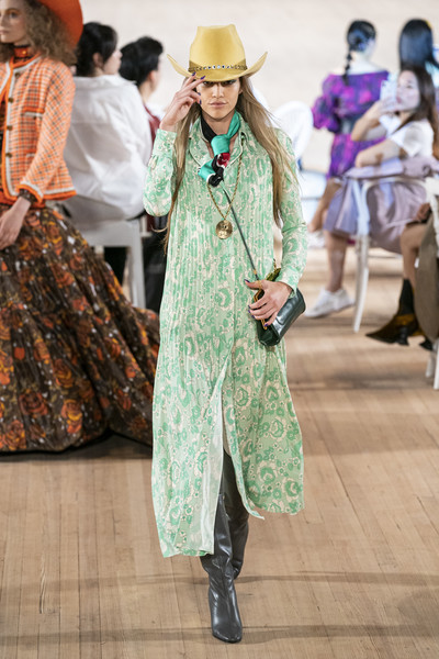 Marc Jacobs at New York Spring 2020 [spring 2020 fashion show,fashion,clothing,street fashion,fashion model,fashion show,runway,spring,outerwear,fashion design,headgear,marc jacobs,fashion,spring,runway,fashion week,street fashion,new york fashion week,fashion show,paris fashion week,marc jacobs,new york fashion week,spring 2020 fashion show,fashion show,fashion,fashion week,paris fashion week,runway,spring]