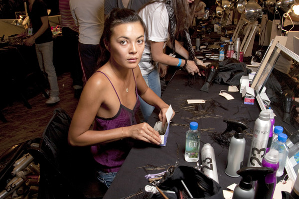 Marc by Marc Jacobs at New York Spring 2010 (Backstage)