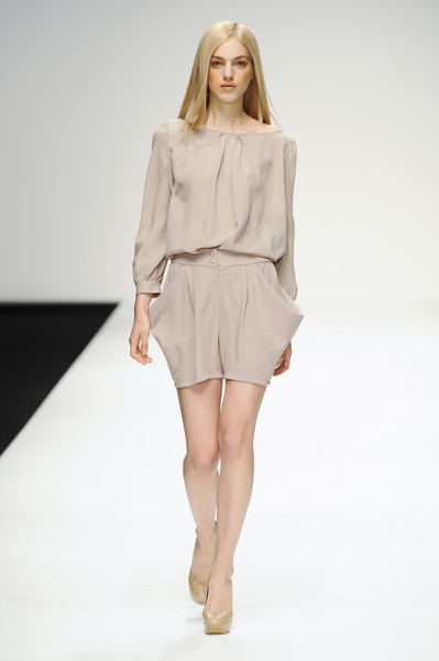 Maria Grachvogel at London Spring 2011