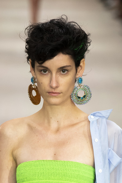 Mark Fast at London Spring 2020 (Details) [hair,face,hairstyle,eyebrow,beauty,lip,fashion model,fashion,skin,black hair,supermodel,mark fast,fashion,hair,beauty,hairstyle,model,haute couture,runway,london fashion week,fashion,black hair,beauty,london fashion week,haute couture,hairstyle,bangs,model,supermodel,runway]