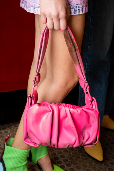 Mark Fast at London Spring 2021 (Backstage) [pink,bag,handbag,magenta,diaper bag,fashion accessory,leg,hand,luggage and bags,thigh,handbag,bag,mark fast,diaper bag,pink,abdomen,hand,luggage,magenta,london fashion week,handbag,abdomen]