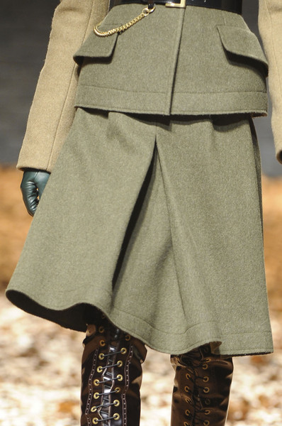 McQ by Alexander McQueen at London Fall 2012 (Details)
